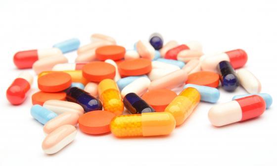 Así regulan los medicamentos en Colombia