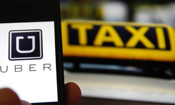 Uber responde a decisión de la justicia europea de regularlos como taxis