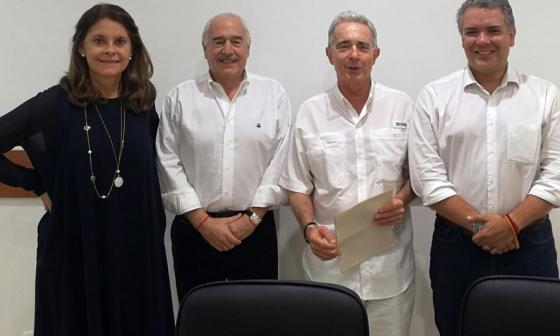Marta Lucía Ramírez, Andrés Pastrana, Álvaro Uribe Vélez e Iván Duque sostuvieron una reunión anoche en la ciudad de Barranquilla.