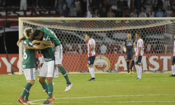 Junior 0, Palmeiras 3: una noche para el olvido