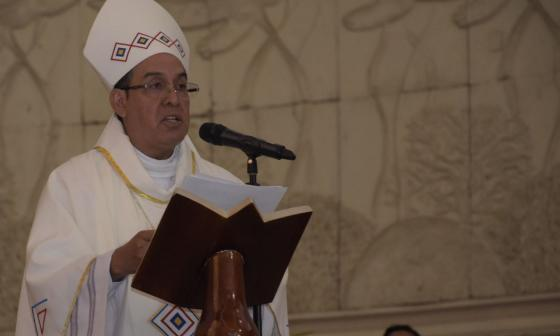 Monseñor Pablo Emiro Salas.