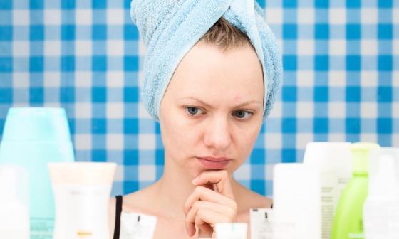 Los productos que usen las mujeres para su pelo deben ser acordes a las características del mismo. También es importante la opinión de un especialista.