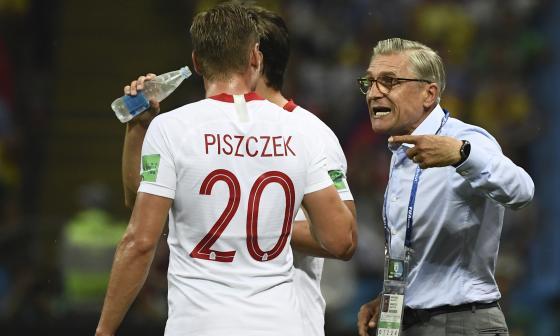 Perdimos contra un equipo muy fuerte, reconoce DT de Polonia