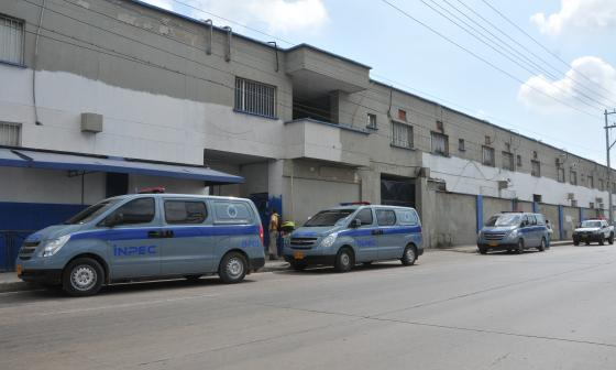 Parte frontal del penal ubicado en el corredor industrial del norte de Barranquilla.
