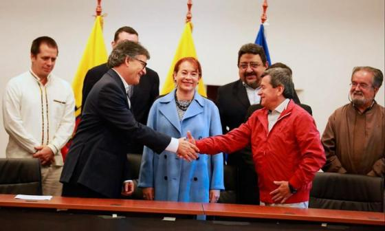Expectativa por anuncio sobre diálogos del ELN y el gobierno
