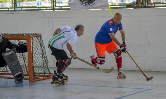 El hockey, una pasión que va más allá de los años