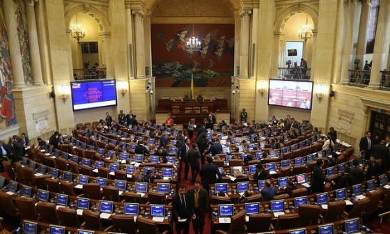 Presupuesto y Reficar, temas que se moverán en el Congreso esta semana