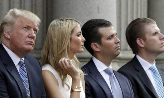 Demandan a Trump, sus hijos y su empresa por publicidad engañosa