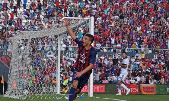 Ovelar, que juega de volante ofensivo, fue autor del primer tanto del partido a los 16 minutos.