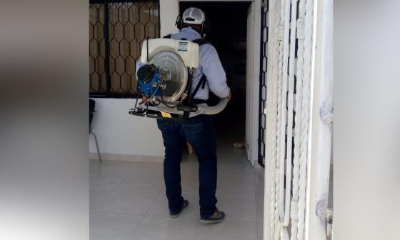 Jornada de fumigación en Malambo para prevenir dengue