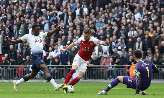 El Tottenham salva un punto en el derbi contra Arsenal