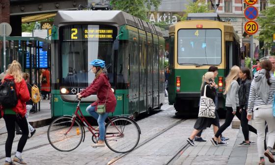 Panorama de las calles de la ciudad de Helsinki.