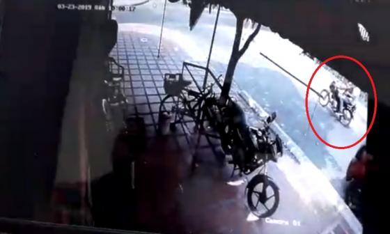 Imagen de video de los sospechosos del crimen.
