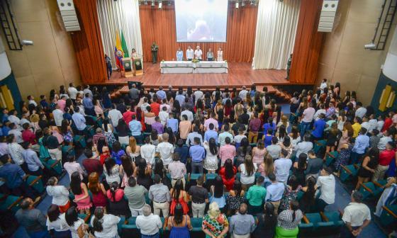 834 estudiantes de Soledad recibieron grado como técnicos laborales