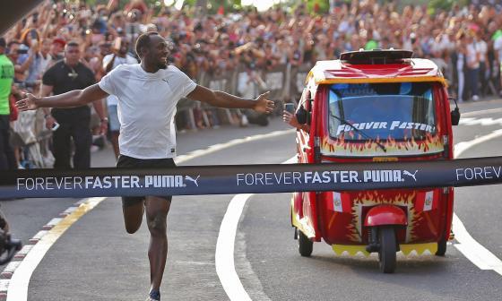 En video | Así le ganó Usain Bolt a un mototaxi