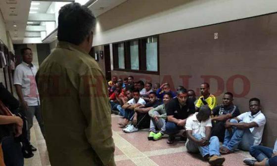 Acusan a los 59 colombianos en Caracas con base en 7 entrevistas