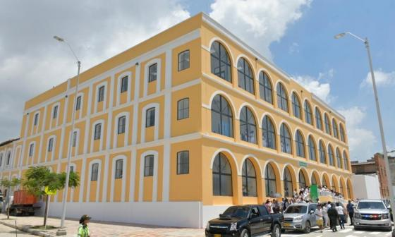 Edificio reconstruido donde funcionará la sede del Sena Salud.