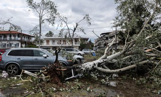Tornado en Grecia deja siete muertos en temporada turística