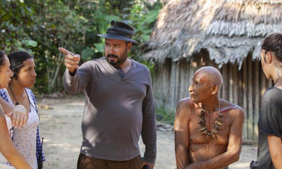 Ciro Guerra durante el rodaje de la serie Frontera Verde.