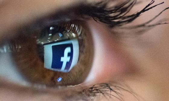 Facebook compra empresa que investiga cómo controlar máquinas con la mente