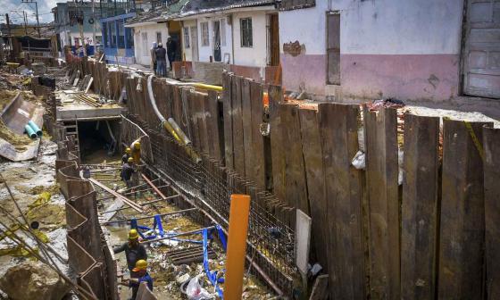 El desespero de vecinos por las obras del arroyo Hospital