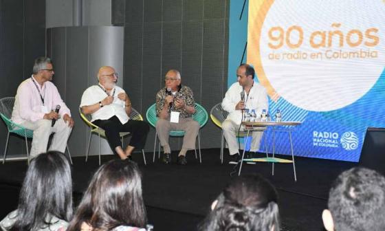 Con conferencias sobre las industrias creativas se instala Colombia 4.0 en Puerta de Oro
