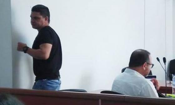 Armando Quintero lloró en la audiencia en la que lo acusaron.