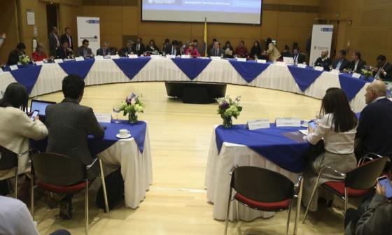 Aspecto general de la reunión de la comisión de concertación salarial.