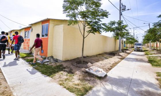 El conjunto de casas se encuentran ubicados en el municipio de Malambo, en frente de Ciudad Caribe 2.