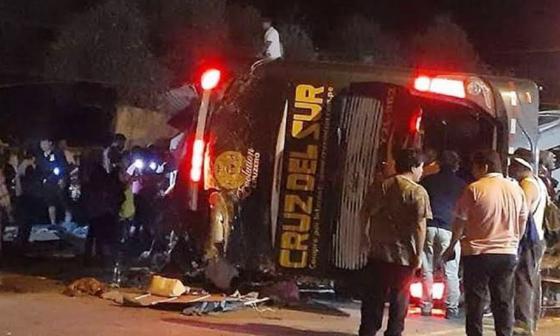 Accidente de tránsito en Perú deja al menos 14 muertos y 40 heridos