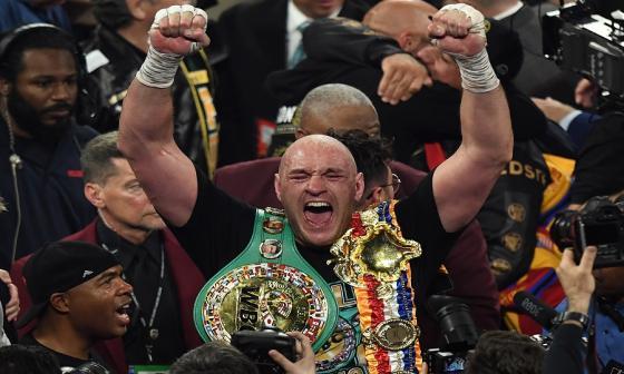 """""""El rey ha vuelto al trono"""", dice Tyson Fury tras derrotar a Wilder"""