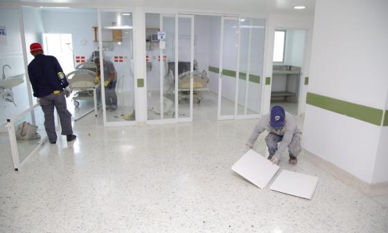 En el Cari se habilitarán 240 nuevas camas hospitalarias: gobernadora Noguera