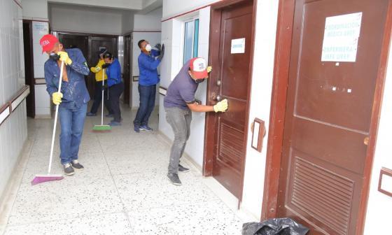 Reportan avance del 88% en los trabajos de recuperación del Hospital Cari