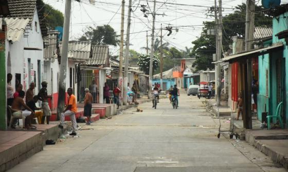 Vista de la calle 29 con carrera 33 del  barrio San Roque, zona de la ciudad donde ocurrieron los hechos.