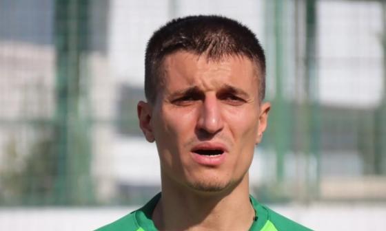 Futbolista turco confiesa que asesinó a su hijo enfermo de coronavirus