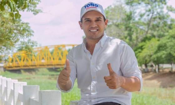 Luis Antonio Rhenals Otero.