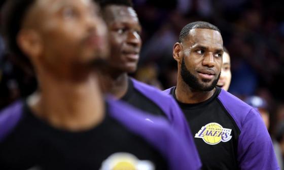 Lebron James, estrella de los Lakers de Los Ángeles, es uno de los mejores jugadores en la historia de la NBA.