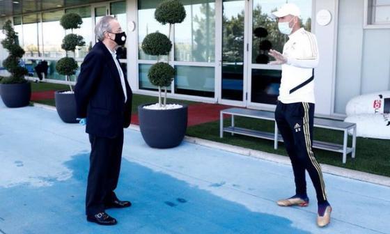 ¿Qué hablaron Zinedine Zidane y Florentino Pérez?