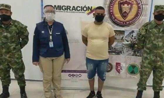 Como vendedor de jugos, sargento venezolano espiaba unidades militares