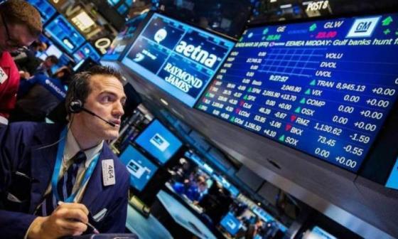 Wall Street abre en rojo por miedo a segunda ola del virus