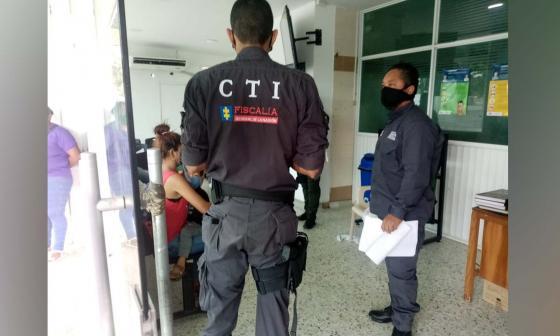 Detectives del CTI, el Gaula del Ejército y de Policía nacional estuvieron en el hospital vigilando a los detenidos mientras les practicaban los exámenes.