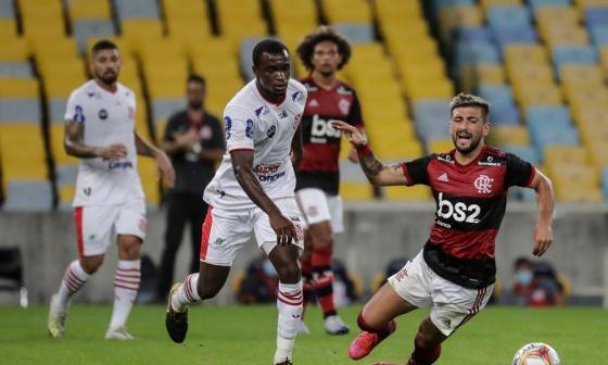 Río de Janeiro vuelve a suspender el fútbol tras impás entre clubes