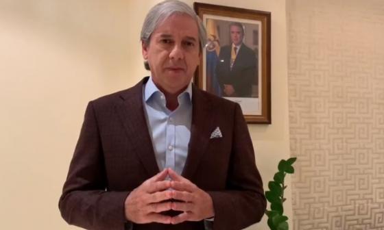En video  Emiratos Árabes dona 20.000 pruebas rápidas a Bolívar
