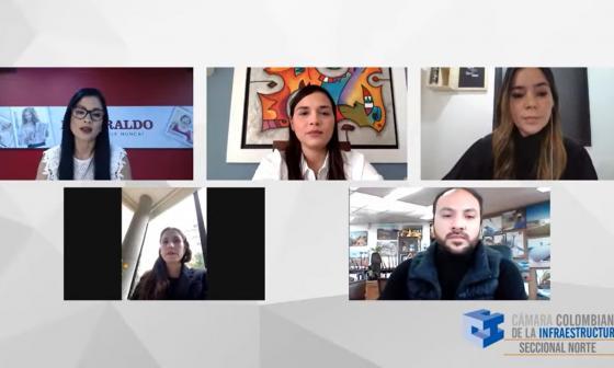 Yanelly Viloria, periodista moderadora, Yenny Reyes, María Camila Rodríguez, Yohanna Alzamora y Javier Rojas.