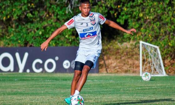César Haydar en un entrenamiento de Junior a principio de año.