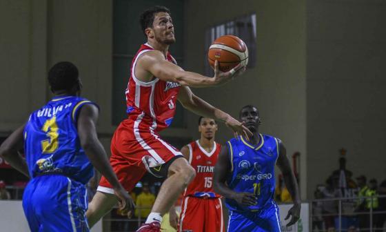 Gianluca Bacci, figura de los Titanes, en acción.