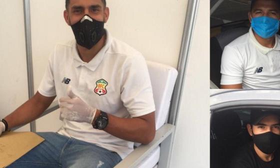 Jugadores del Barranquilla FC practicándose los exámenes médicos el viernes anterior.