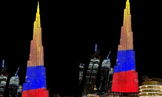 El edificio más alto del mundo se vistió de Tricolor en homenaje a Colombia