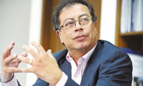 Con una demanda piden pérdida de investidura de Gustavo Petro