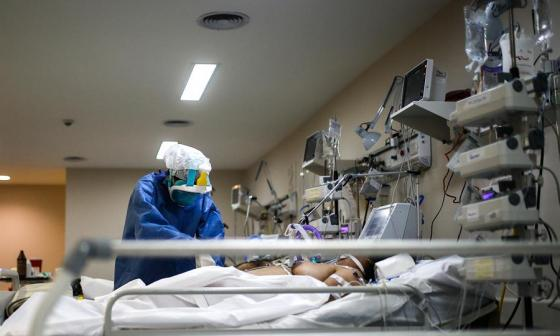 Colombia supera las 10.000 muertes por coronavirus
